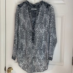 Mossimo black and white blouse
